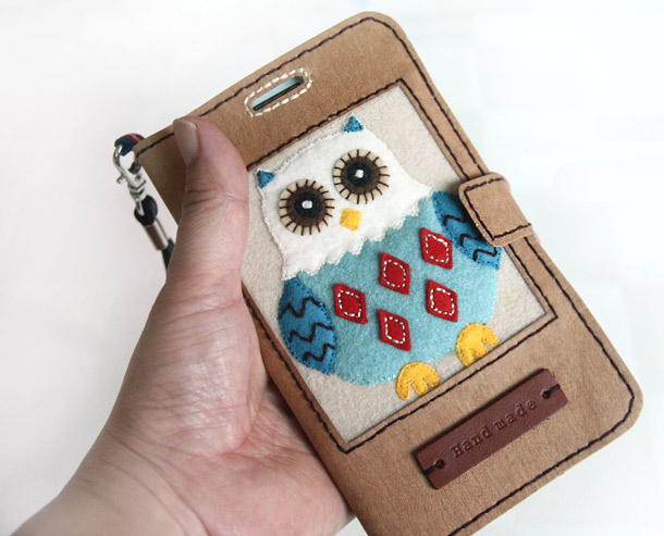 How to make Pretty Mobile Phone Case step by step DIY tutorial.