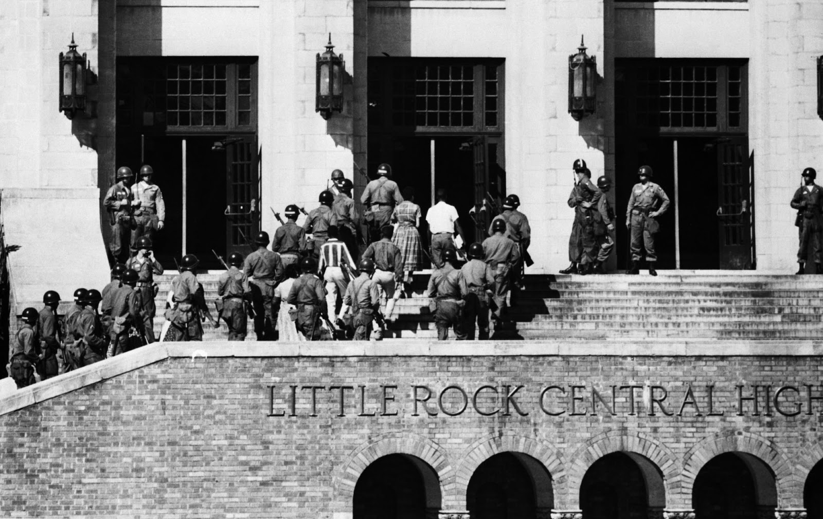Segregación Racial. Little rock central