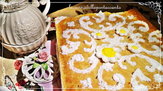Millefoglie con crema pasticcera e panna montata / Puff pastry with custard and whipped cream