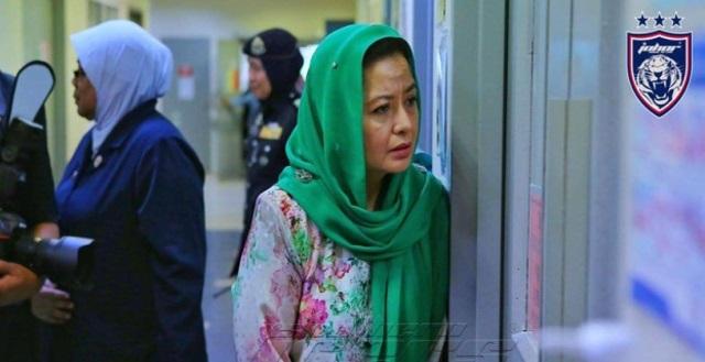 """""""Ya Allah TERSENTUH Melihat Keprihatinan Permaisuri Johor Ini"""""""