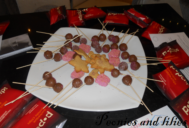 cake pops, popchips, christmas biscuits, Bbloggersxmas, bbloggersxmas meet up, bbloggersmas goodie bag, Bbloggersxmas event, bbloggers