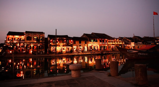 Hoi An nightlife 1