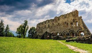 Manastirea Monahala Fortificata Carta din Tara Fagarasului