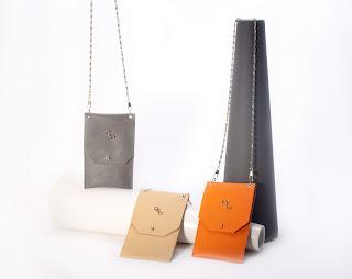 Urban Chic cellphone pouch