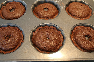 bundt cakes, cooling, cooling rack, toothpick, release