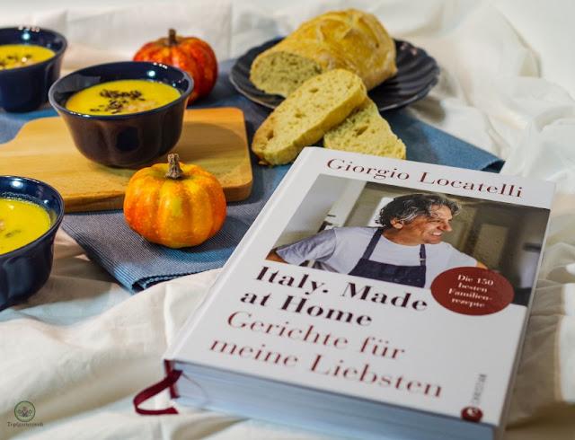 italienische Kürbissuppe mit Mascarpone schwarzem Reis und Garnelen - Foodblog Topfgartenwelt