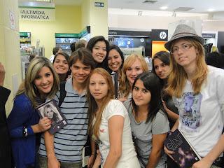 Cobertura e Entrevista com Hilary Duff - 05/09 by @Elixirbr 20