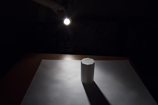 22-каким-образом-свет-тень-на-призме-урок-рисунка