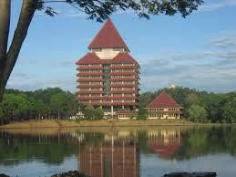 Universitas Indonesia Pada Kehidupan Sosial Budaya Masyarakat
