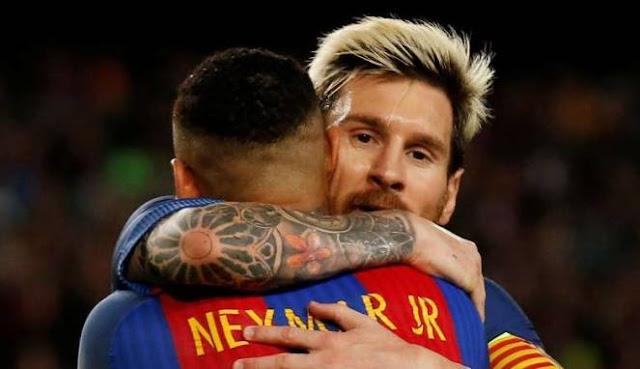 Messi Beri 'Sinyal' Kepindahan Neymar ke PSG?
