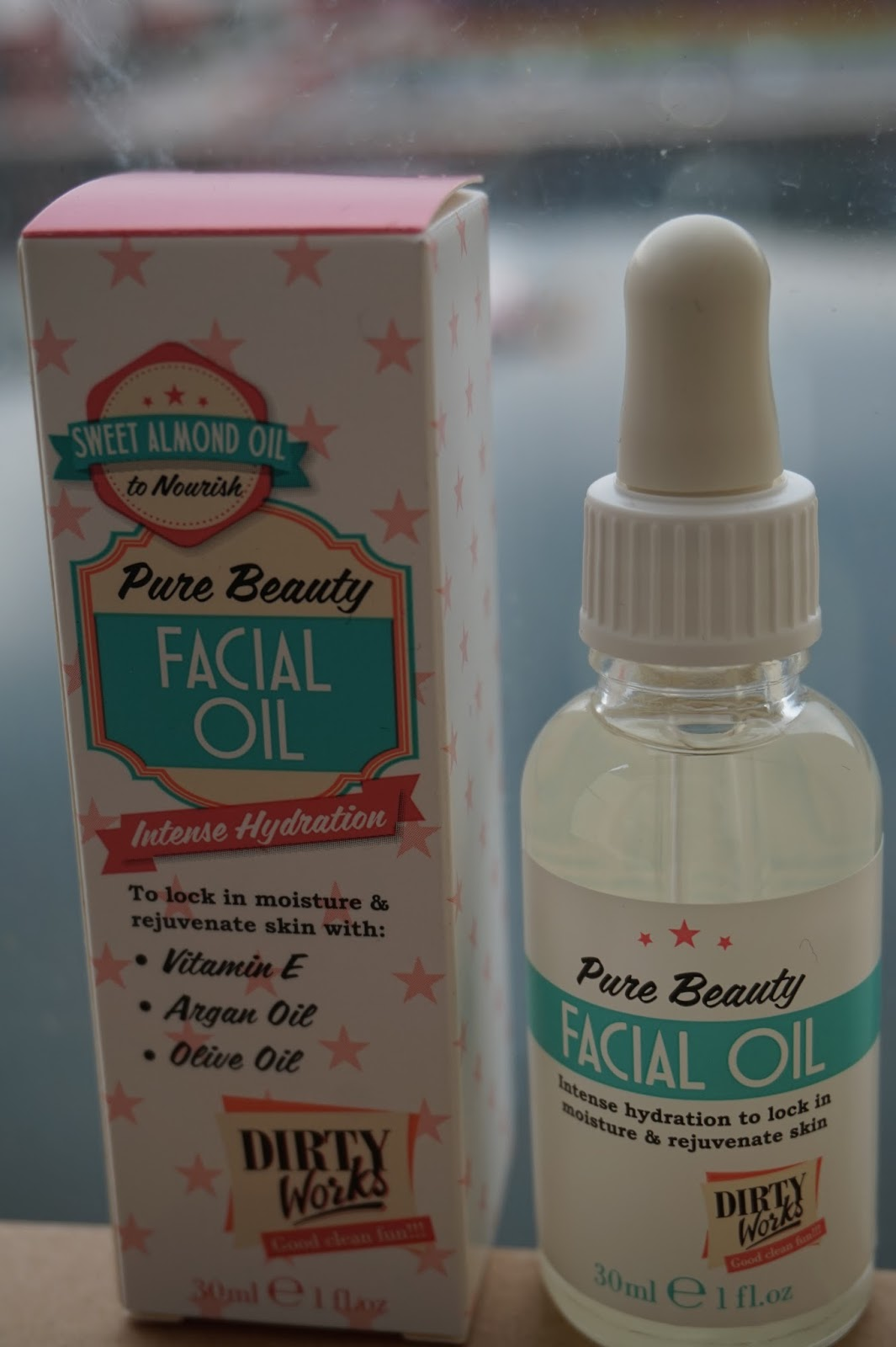 My Makeup Chest: Dirty Works Facial Oil