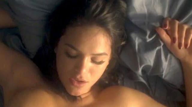 Cena de sexo de Bruna Marquezine é a mais pesquisada do ano na web [+18]