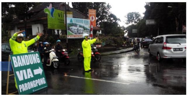 Kemacetan 10 Km Bandung hingga Lembang