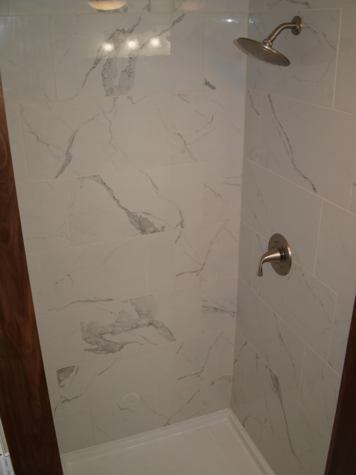 Stephanie blackburn 39 s blog graceland bathrooms before for H s bathrooms blackburn