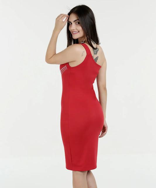 Se tem uma peça que transita por todas as estações do ano, essa peça é o vestido! E como sempre muito feminino, podem ganhar um charme extra com o auxilio dos acessórios
