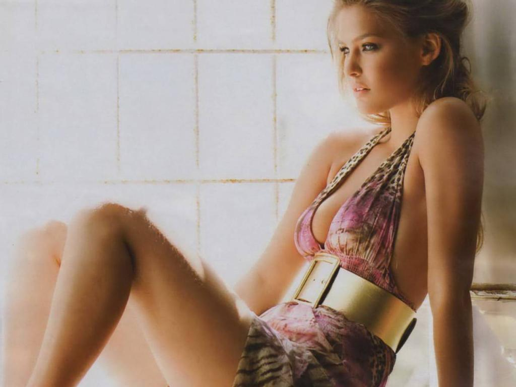 bar refaeli in a - photo #24