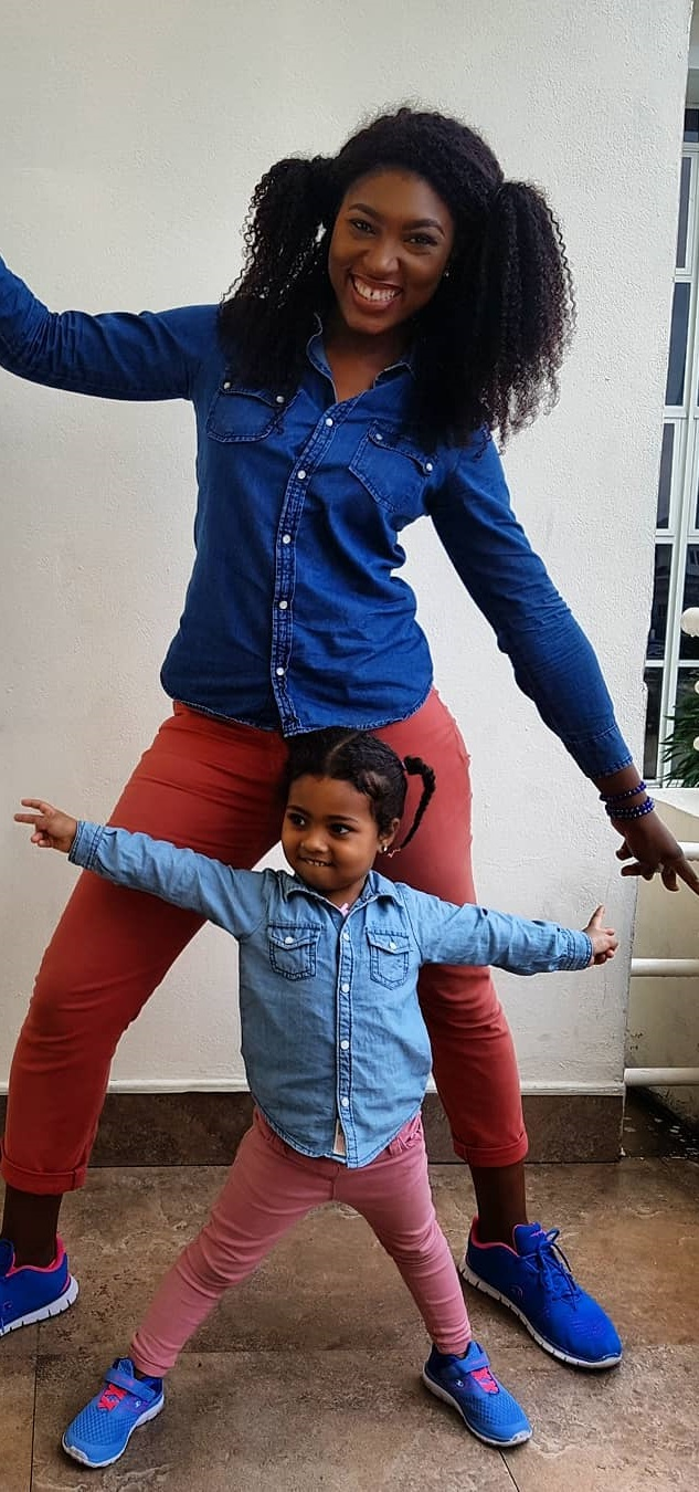 Wow!! See beautiful photos of Nollywood actress Ufuoma, and daughter