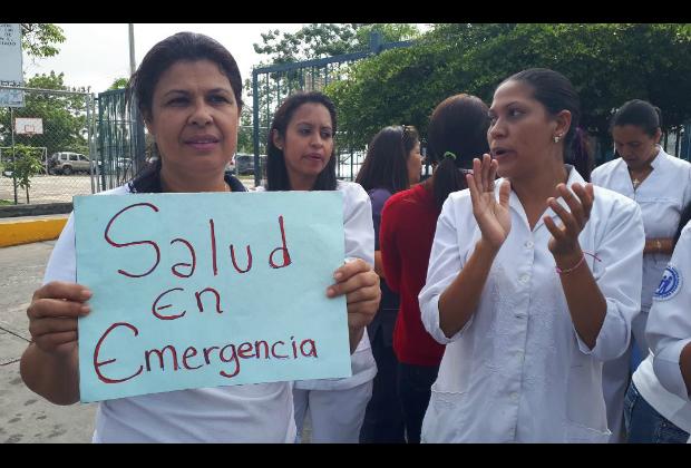 Enfermeras arribaron a sus 18 días de protesta