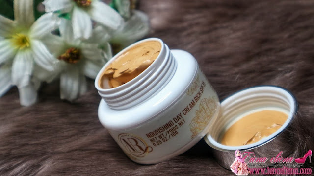 NOURISHING DAY CREAM RICH SPF 15 AR BEAUTY BY DIVINE