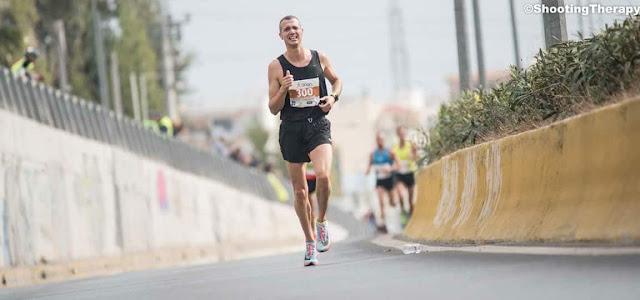 Συμμετοχή του Γιώργου Καλαπόδη αθλητή του ΑΟ Ποσειδώνα Λουτρακίου στον Αυθεντικό Μαραθώνιο της Αθήνας 2017