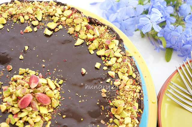 Mosaic Chocolate & Biscuit Cake