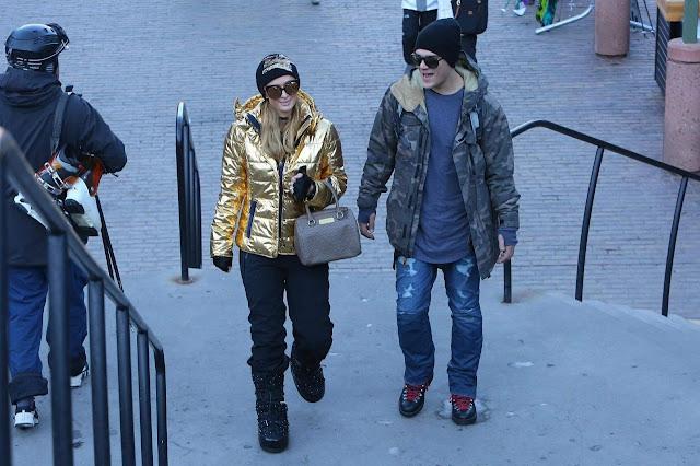 Paris Hilton and Chris Zylka Stroll On Street Pic