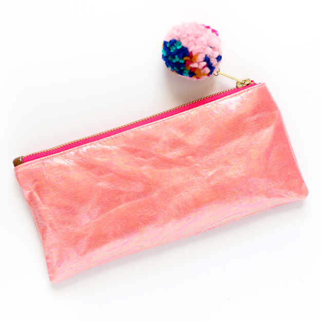 Learn to sew your own holographic zippered pencil case in any color you choose - DIY Holographic fabric - holograph - DIY Sewing tutorial