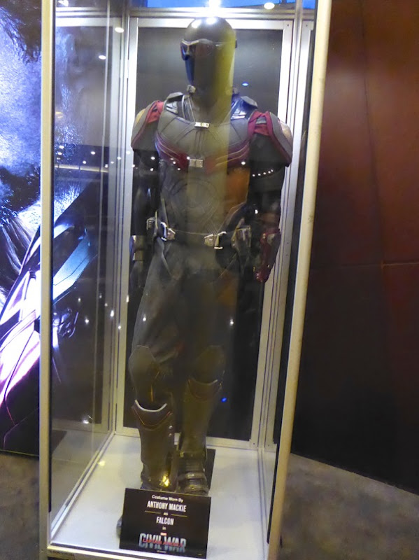 Anthony Mackie Falcon costume Captain America Civil War