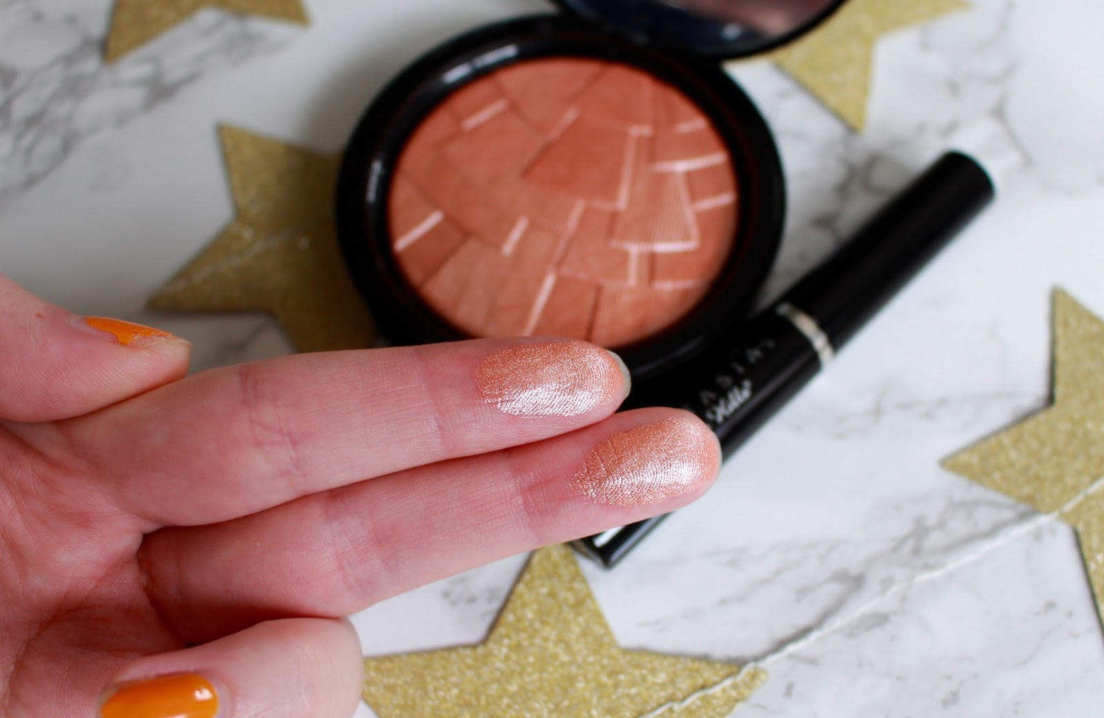 Anastasia Beverly Hills Illuminator Review