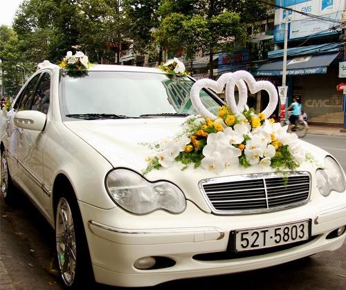 Lưu ý khi chọn thuê xe cưới phù hợp nhất cho bạn