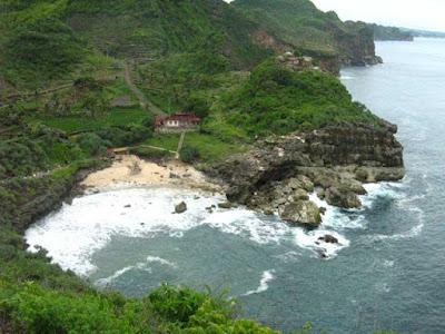 Nampu beach