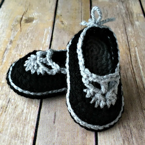 Sweet Sophisticated Mary Janes – Free Pattern