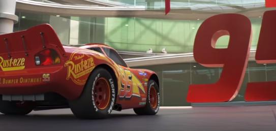 Se presenta el tema de los créditos de Cars 3, A rodar