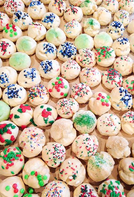 Variety of italian Cookies
