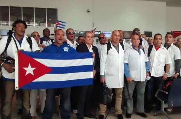 Cuba retira a sus médicos de Brasil tras exigencias de Jair Bolsonaro