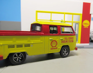 GreenLight   Shell  Volkswagen Type 2 T2 Double Cab Pick-up
