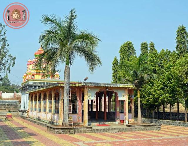 गुंजण मावळातील 'अमृतेश्वर मंदिर'