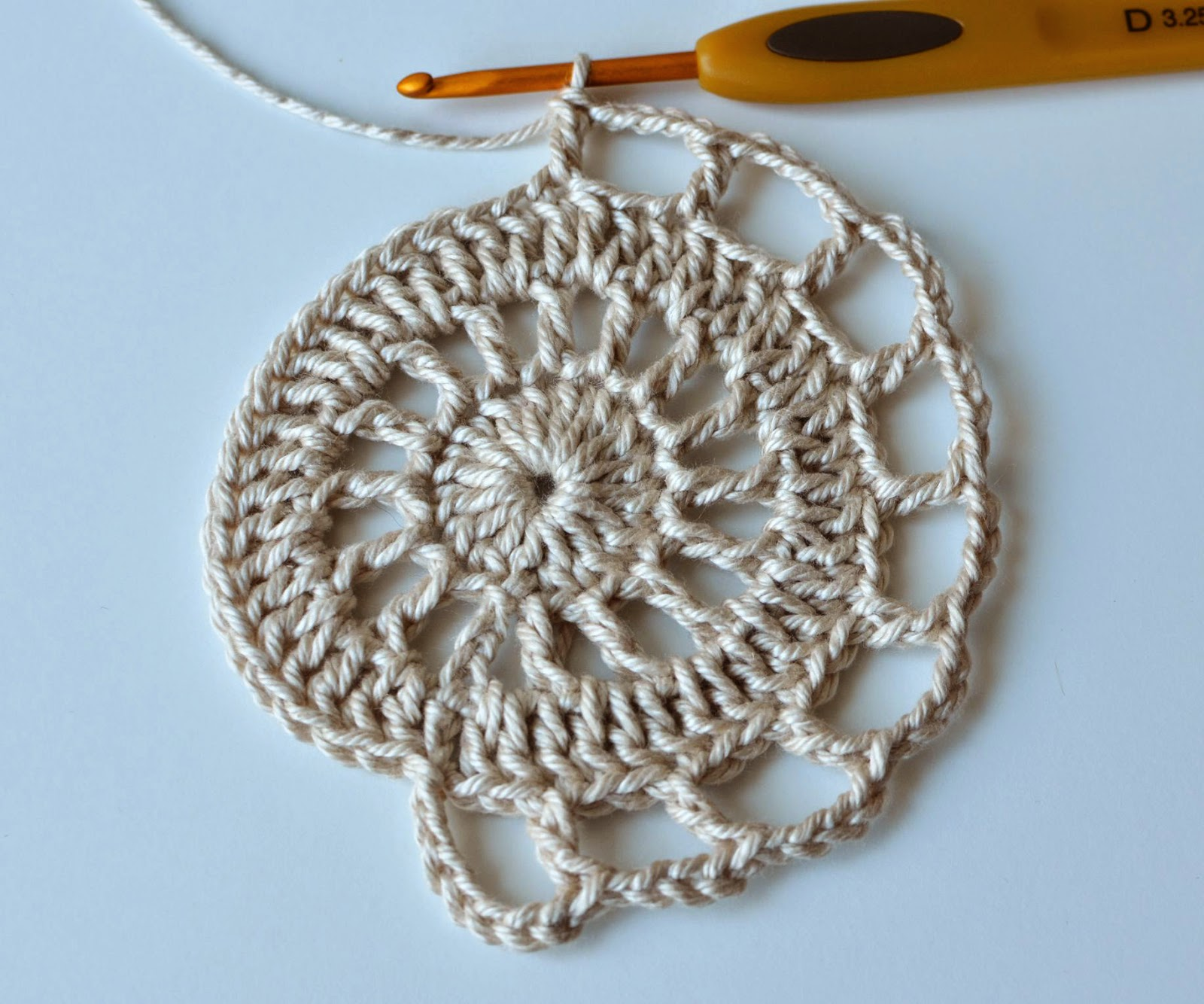 Surface Crochet Makes A Difference Lillabjrns World Slip Knot Diagram Additionally Stitch Free Pattern Of Coaster