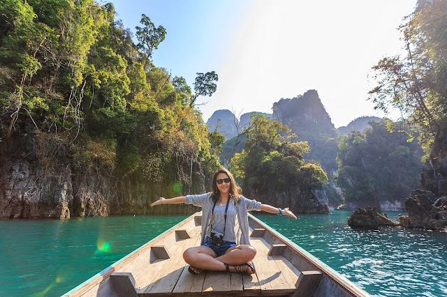 boat-exotic-freedom-solo-female-travel-india
