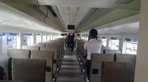 Belum Resmi Dirilis, Anda Akan Kagum Melihat Interior Kereta Api Ekonomi Ini.