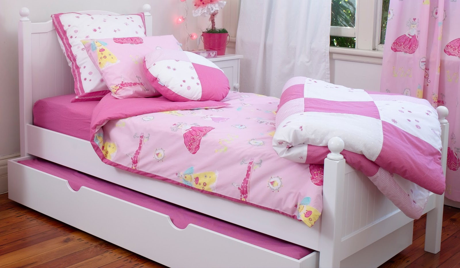 treehouse child our top 11 items that you must have in 11937 | georgie single bed with trundle