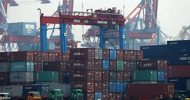 Neraca Perdagangan RI Defisit US$ 670 Juta di Januari