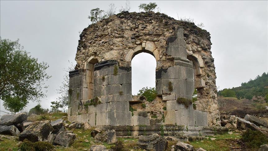 Turquía quiere preservar herencia griega y armenia
