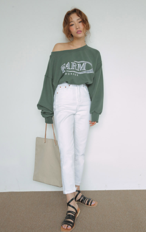 Drop Shoulder Graphic Sweatshirt