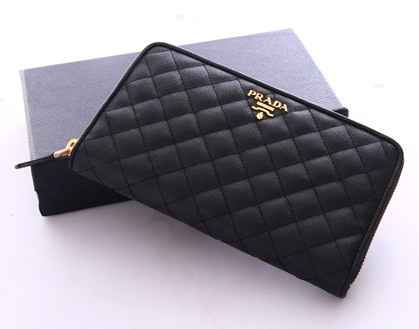 a74abc084b5b N級コピーサイフ プラダ 財布 Prada wallet 1M0506 embossed leather 2color red black