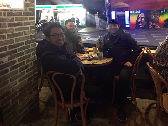 HANGING OUT IN SEOUL CITY