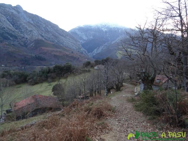 Sierra de Juan Robre: Cabañas de Charás