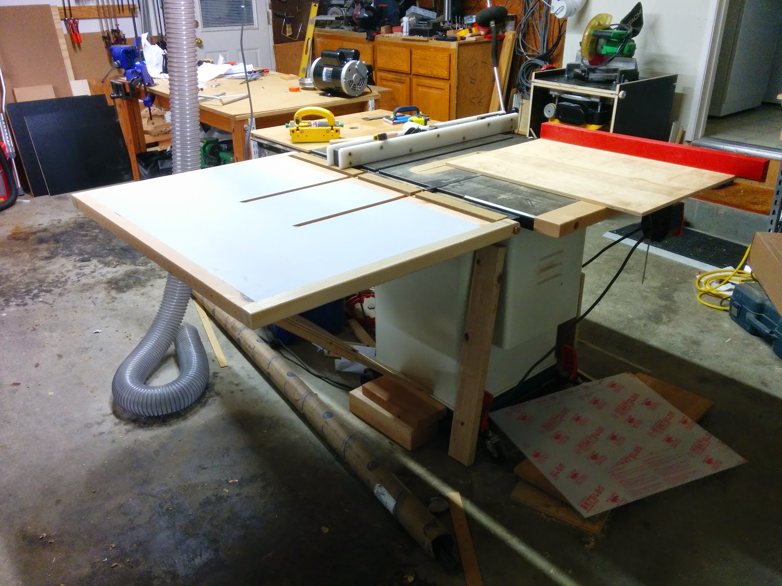 Groovy Table Saw Outfeed Table Experience Improve Make Home Interior And Landscaping Transignezvosmurscom