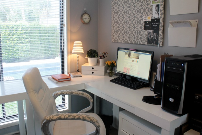 Grey Home Office 2