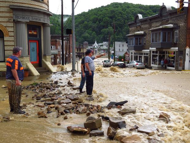 Historic floods sweep West Virginia West-virginia-flooding